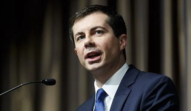 Buttigieg Immigration Plan Calls for Accepting 125,000 Refugees In First Year As President